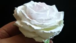 Брошка - заколка ′Веселкова троянда′  (японська полімерна глина deco clay)