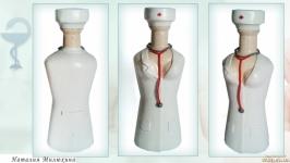 Подарок медсестре или врачу на день медика Декор бутылки ′Медработникам′