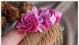 Гребень ручной работы с цветами.