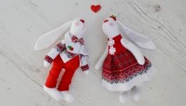 Пара зайцев в украинском стиле