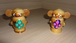 Лакированная игрушка свистулька Чебурашка
