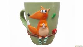 Чашка с декором из полимерной глины Лиса в носочках