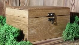 тут изображено Подарочная коробка из дуба.