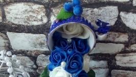 Парящая чашка ′Синие розы′