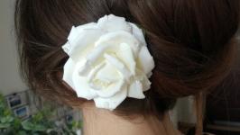 Заколка - Біла троянда  (японська полімерна глина deco clay)