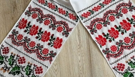 Рушник вышитый вручную