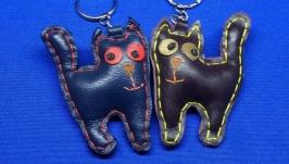 Кожаный брелок Кот с хвостиком