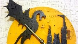 тут изображено ′Черный дракон′, настенные часы из материнских плат