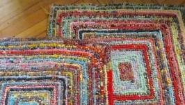 Коврики вязано-плетеные из лоскута ситца 57х57 см