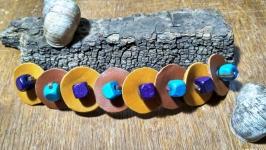 Кожаный браслет с деревянными бусинами