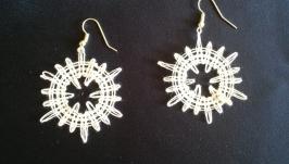 Мереживні білі жовті сережки ′Сонечко′