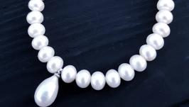 Браслет з натуральних перлів з рідкісною перлиною краплею