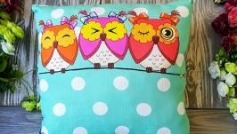 Подушка три совы вверху ,  30 см * 30 см