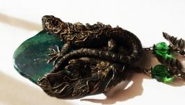 Кулон Стилизованная ящерица