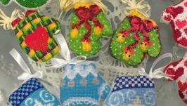 Новогодний декор, новогодние игрушки, варешки, новорічні іграшки, декор