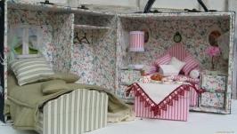 Кукольный домик в чемоданчике