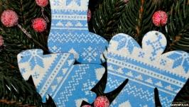 Ялинкові іграшки з дерева ′Зимові′