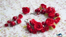 Комплект красные розы из полимерной глины