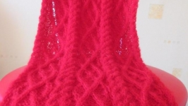 Вязаный шарф ′Красный коралл′