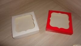 Коробка 15*15*3 см с фигурным окном
