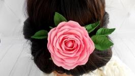 Шпилька для волосся  розовой розой свадебная Цветы в прическу невесте
