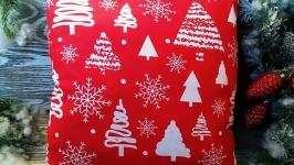 Подушка новогодняя красная елочки-снежинки,   35 см * 35 см