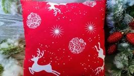 Подушка новогодняя красная олени-звезды, 35 см * 35 см