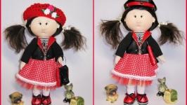 Текстильная кукла с набором шапок, подарок для девочки на Новый год
