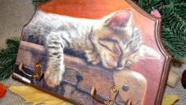 Дерев′яна ключниця ′Подорожуючий котик′