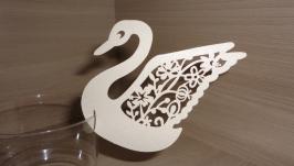 Украшение на бокалы Лебеди