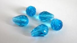 Капли бусины стеклянные граненые, 13 мм длина, голубые прозрачные