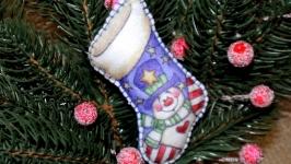 Ялинкові іграшки з фетру ′Чобіток Діда Мороза′
