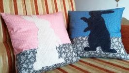 Подушка хендмейд с зайцами в технике синель