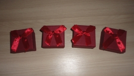 Подарочная упаковка с бантом. Коробка набор 4 шт Красный