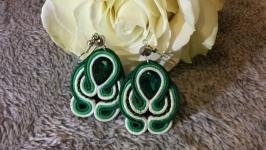 Зелені сутажні сережки