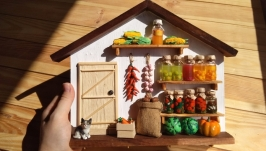 Ключница (вешалка на кухню) в виде домика в стиле миниатюра ′Кладовая′