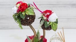Красное кофейное деревцо, топиарий с птичкой