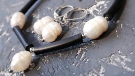 Стильний комплект браслет сережки з натуральними перлами подарунок жінці