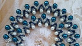 Колье, ожерелье, бусы синие из бусин и бисера ручной работы