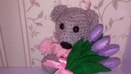 Мишка с тюльпанами. Ручная работа!