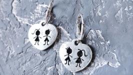 Сережки серце зі срібними застібками подарунок на 8 березня дружині подрузі