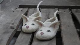 Валяные тапочки кот Девон Рекс. Кототапки