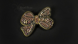 brooch-bow made of beads and beads, handmade