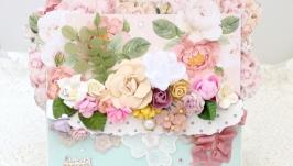 Большая цветочная женская открытка