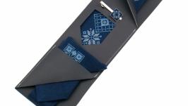 Вишита краватка з хустинкою та зажимом