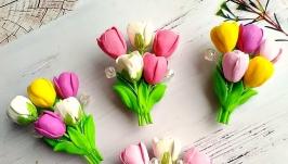 Брошь с тюльпанами