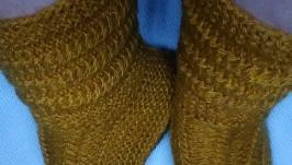 Носки  ′ Горчица ′ две пары мужские  и женские .