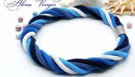 ′Волна′ колье жгуты бисер синий белый голубой морской
