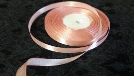 Атлас бежево-розовый