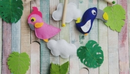 Фетровый мобиль в детскую кроватку PinkBlue Parrots